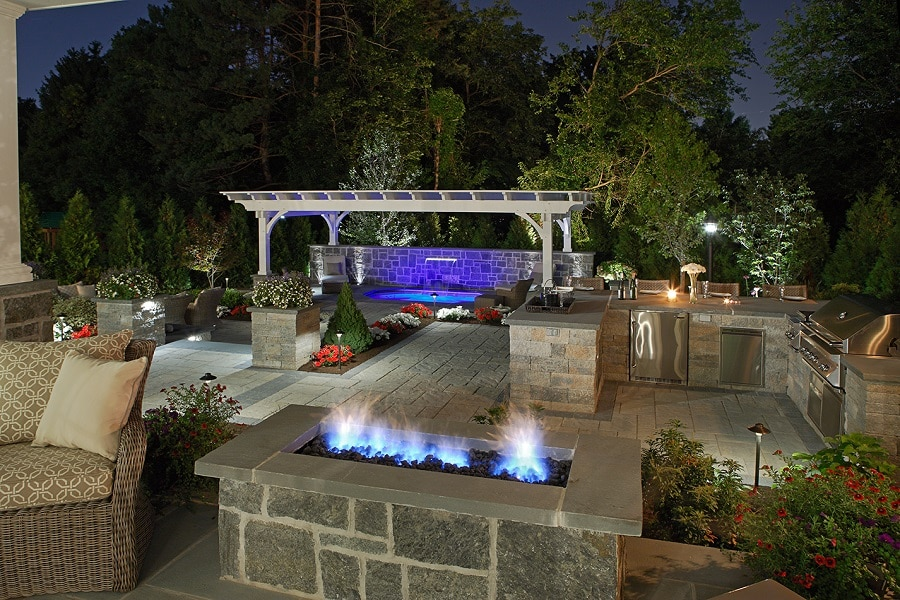 Featured Image For Install the Outdoor Kitchen of Your Dreams with Gallivan Corporation