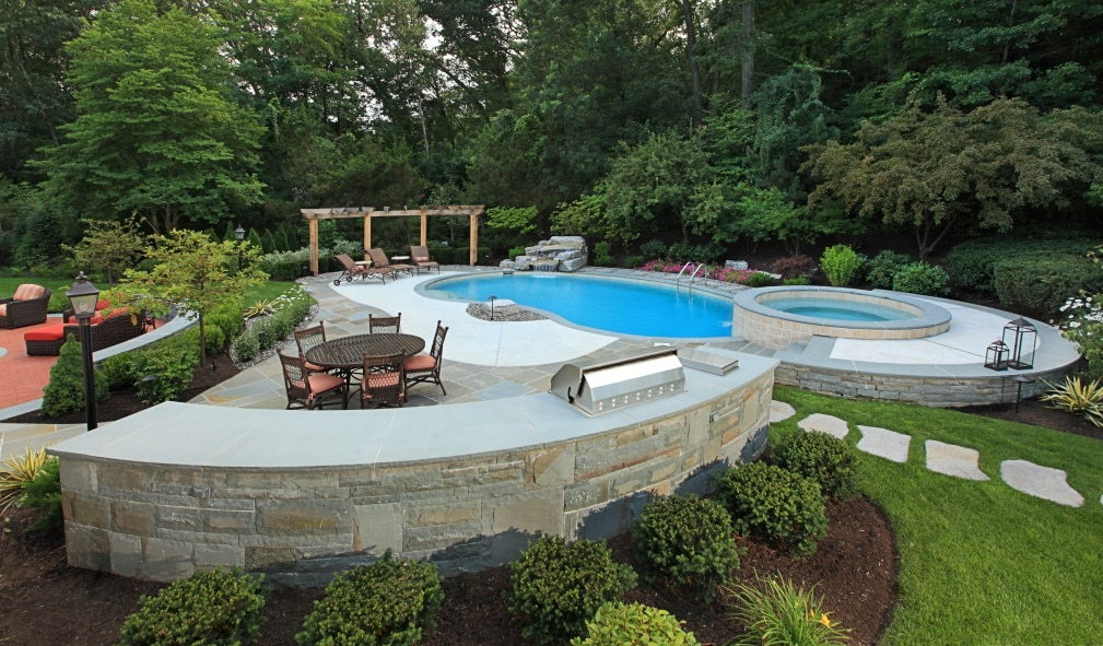 Featured Image For Enrich Your Landscape with Hardscape
